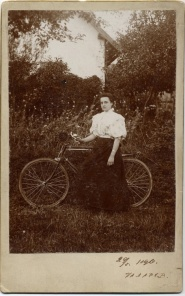 sunflower-biker-1900-russian1