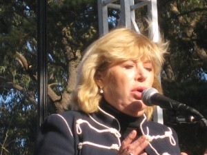 Marianne Faithfull at 64, Golden Gate Park 09